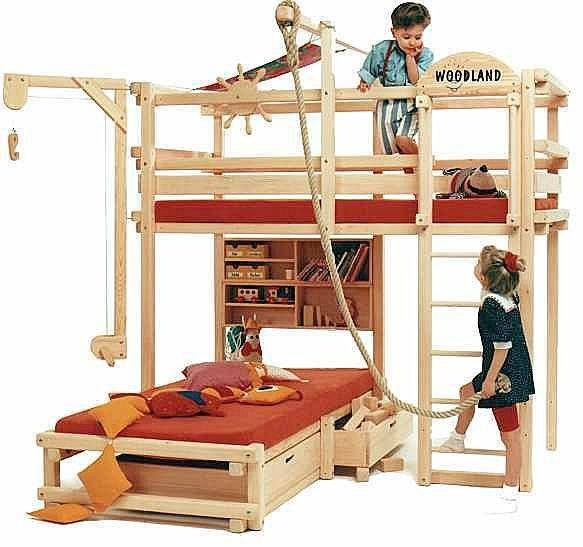 Kids Bunk Bed with Slide 583 x 547